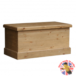 "Cottage Pine 36"" Blanket Box"
